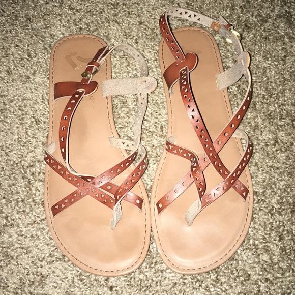 Report Shoes - Report sandals!